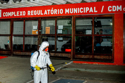 Itapetinga: Prefeitura intensifica higienização da cidade em combate a covid-19